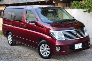 Nissan elgrand for sale metallis burgundy, rare, fully UK registered direct