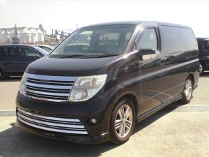 Nissan elgrand for sale fully UK rider UK.
