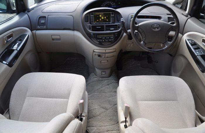 Toyota Estima Hybrid Spc 1017