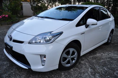 Toyota Prius Hybrid UK by Algys Autos japan import