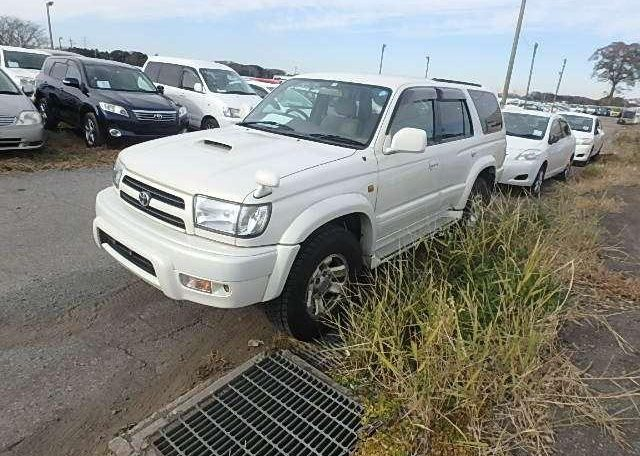toyota hilux DW9389 surf UK