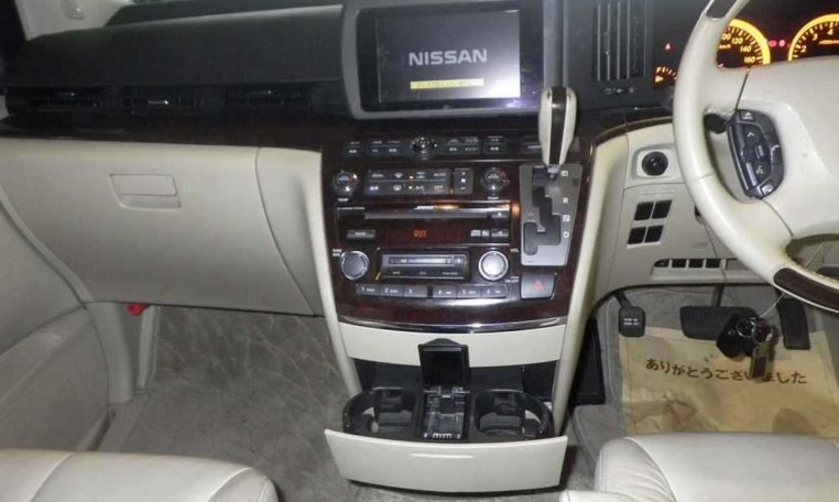Nissan Elgrand Rider supplied for sale fully UK registered direct from Japan with V5